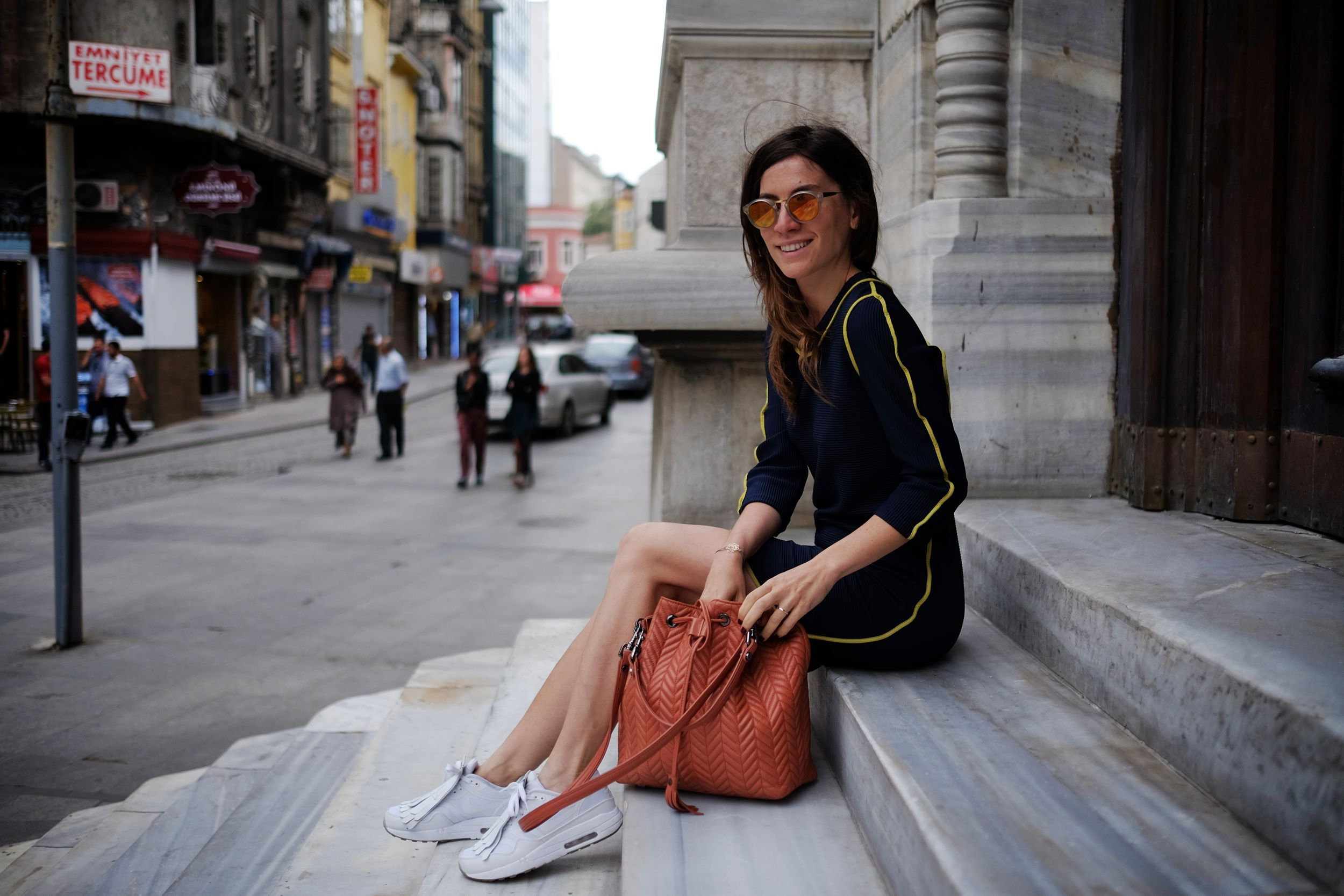 off ne giysem, billur saatci, street style, aslı filinta, maid in love, super, misela, fuji,