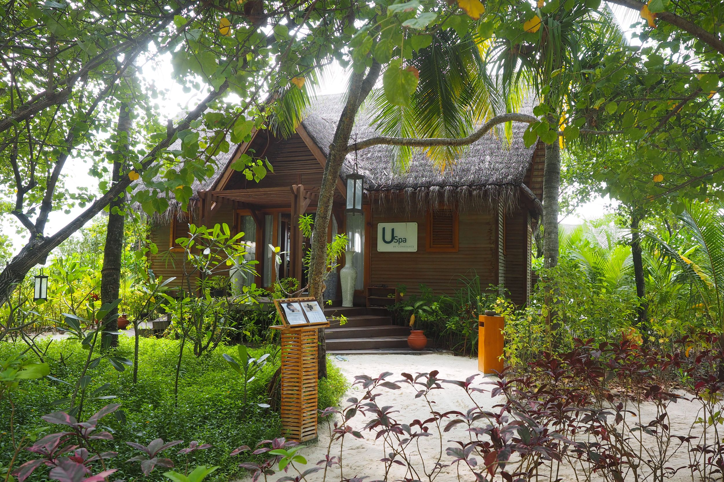 maldives, constance hotels, maldiv, constance, billur saatci, off nereye gitsem, offnegiysem, turkish blogger, heaven, vacation, moofushi, halaveli, uspa,