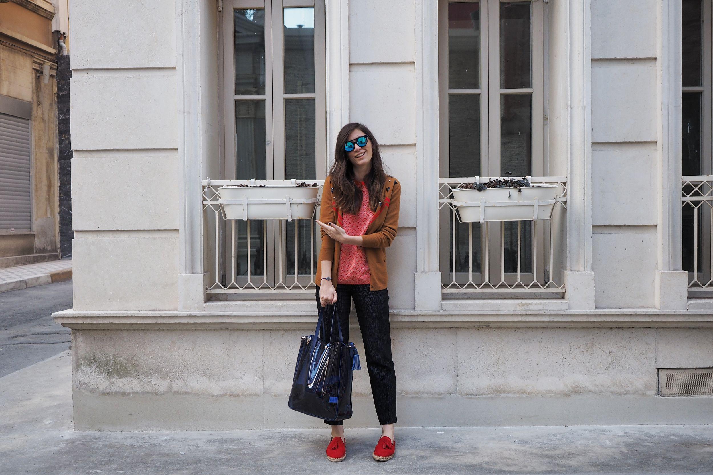 billur saatci, off ne giysem, street style, cos, italian independent, cashmere in love, elle shoes, elle ayakkabı, lacoste, super step,