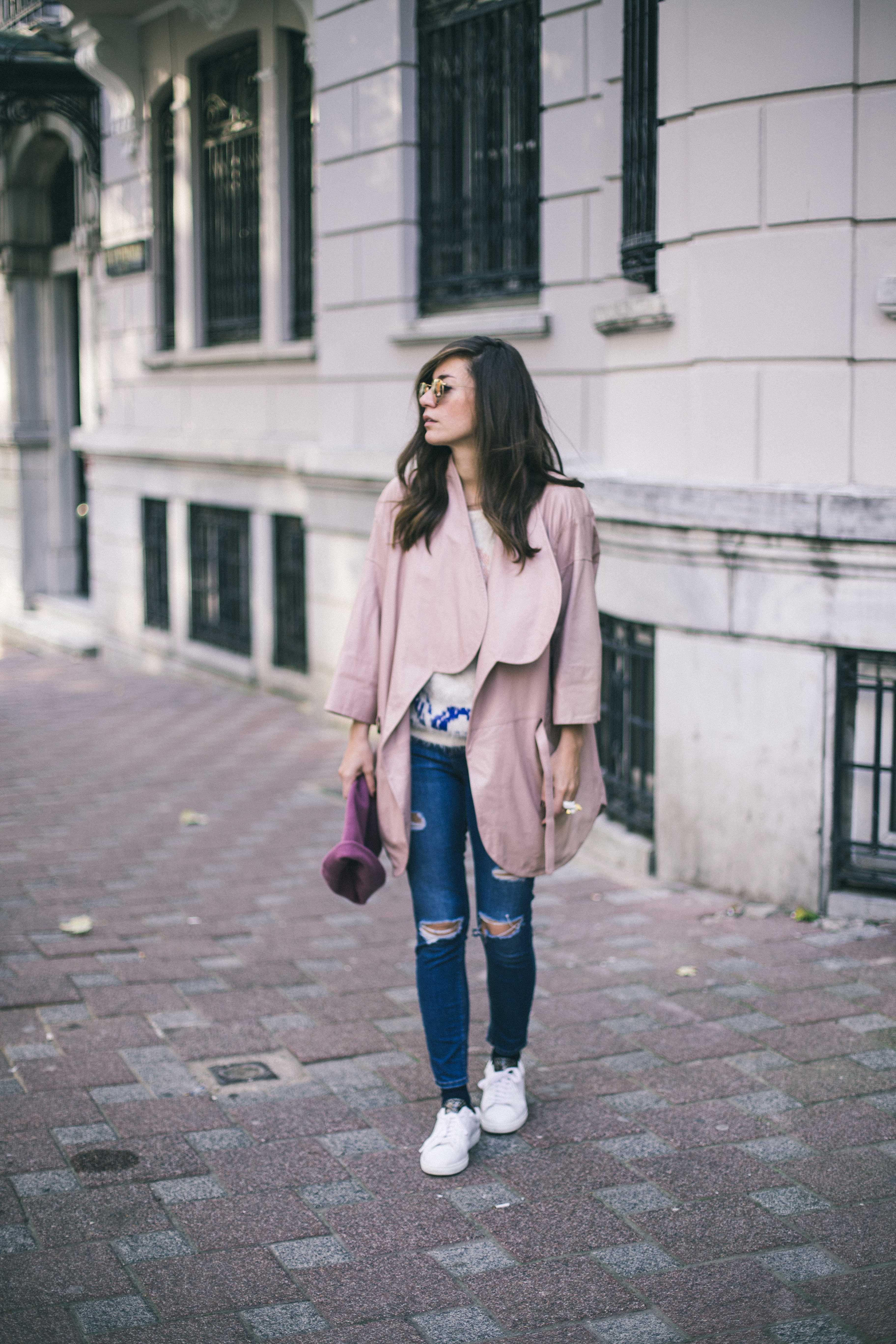 billur saatci, offnegiysem, turkish style blogger, street style, fashion, ootd, blogger, istanbul, bashaques, pink, leather jacket, rayban, zespa aix-en-provence