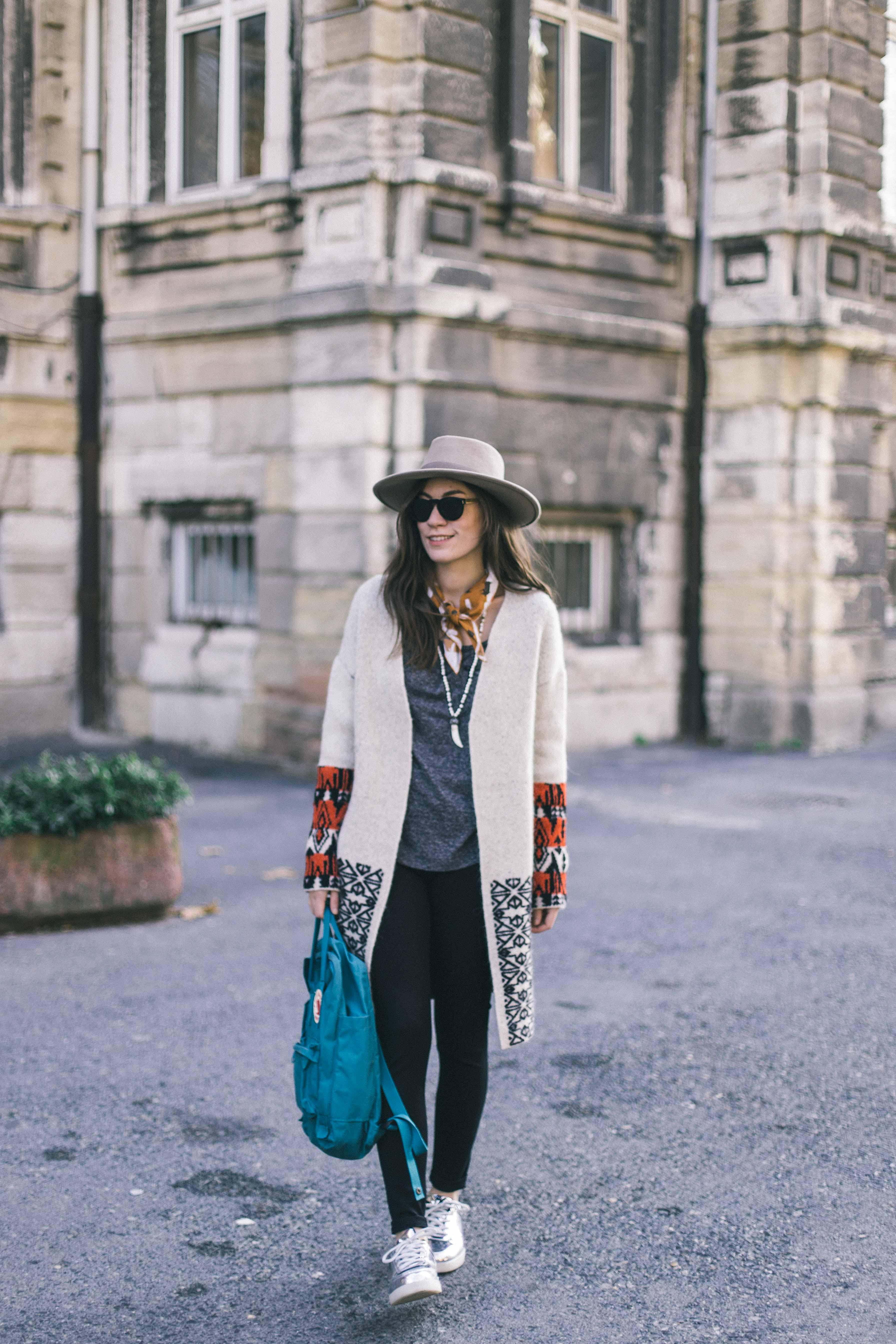 billur saatci, offnegiysem, turkish style blogger, street style, fashion, ootd, blogger, istanbul, mavi, mavi jeans, parka, panama hat, vintage hat, boho, bohemian style