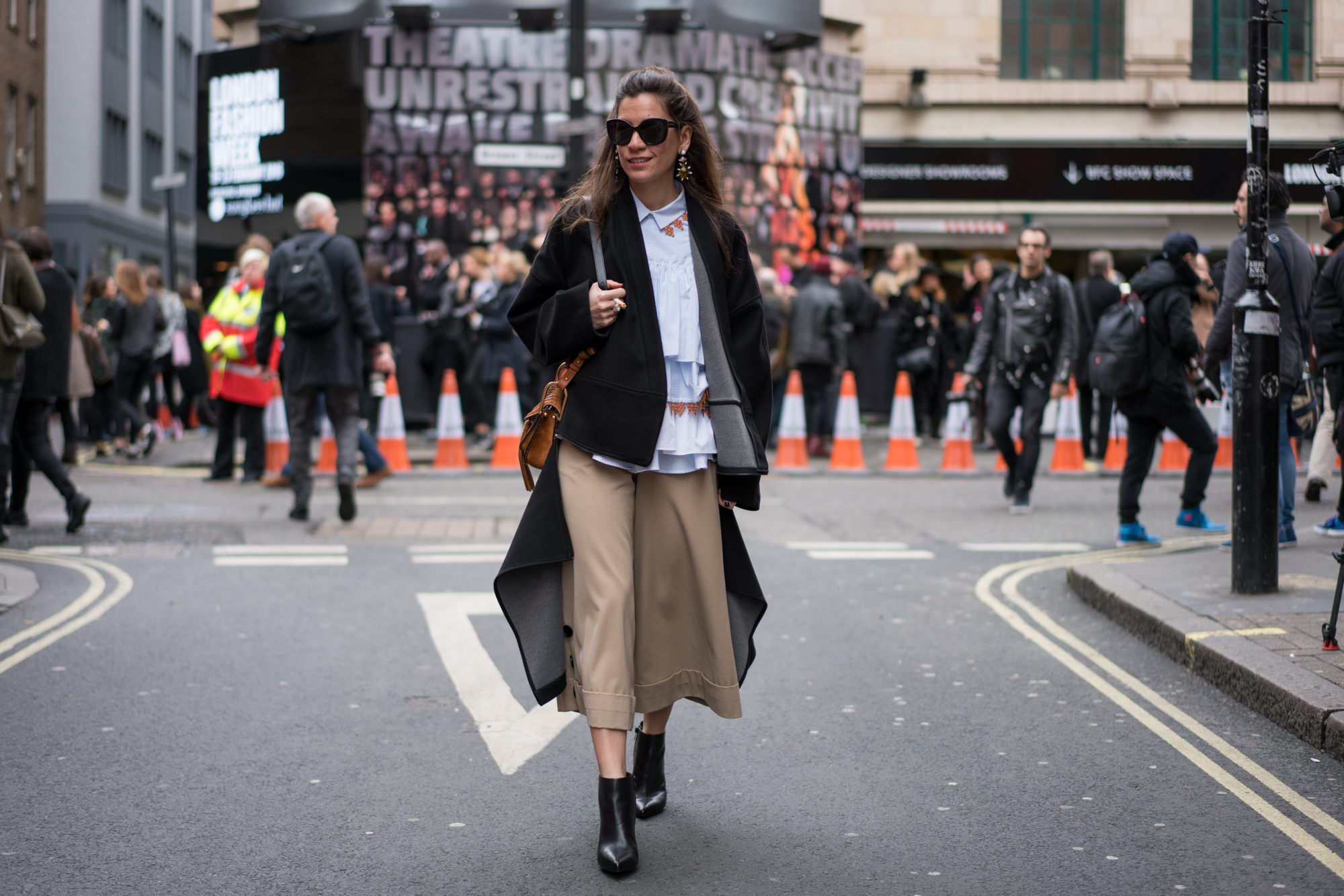 lfw, street style, london fashion week, sunglass hut, style, fashion, turkish style blogger, billur saatci, off ne giysem, mehtap elaidi, lug von siga, dolce gabbana, loeffler randall