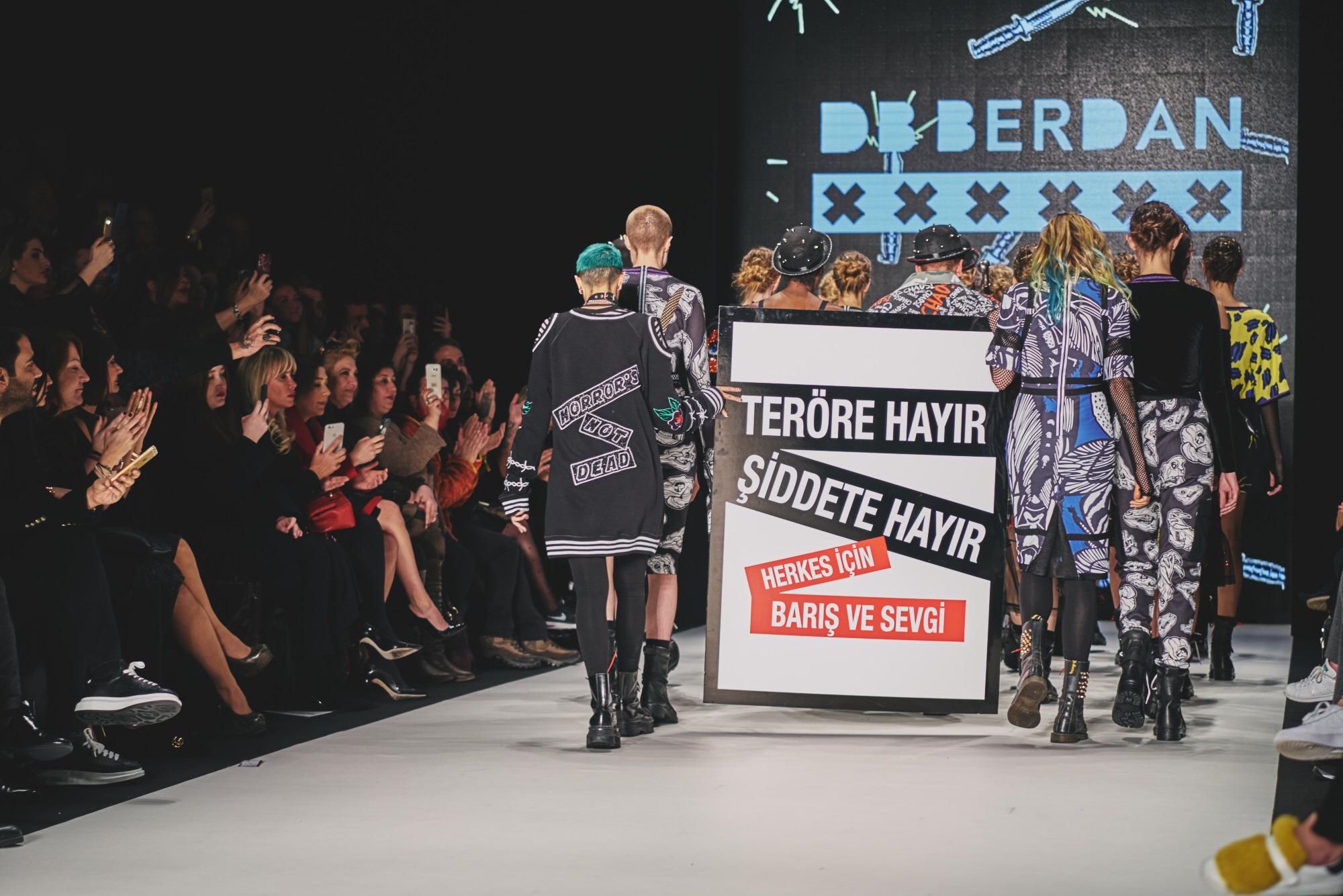 billur saatci, street style, mbfwi, off ne giysem, turkish style blogger, mercedes benz fashion week istanbul, deniz berdan, db berdan,