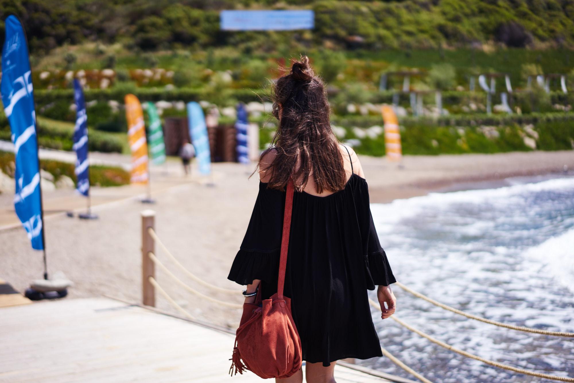 billur saatci, offnegiysem, street style, turkish style blogger, elle weekend, bodrum, black, beachwear, koton, koton beach wear, bershka, kopajos sunglasses